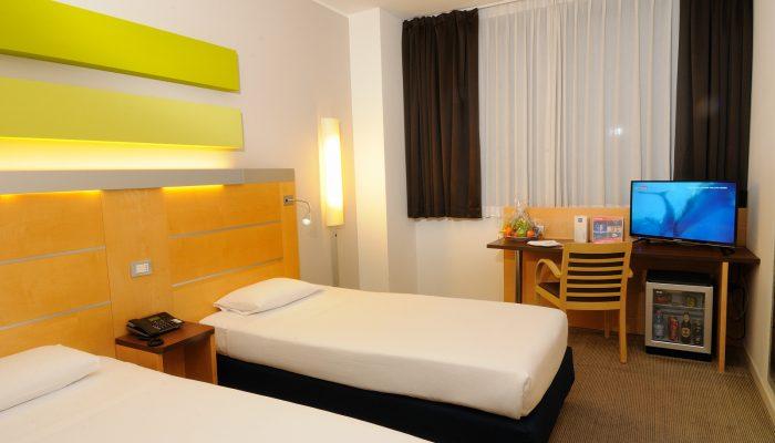 IH Hotels Milano Gioia - Twin Room