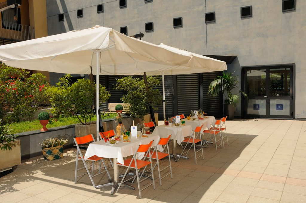 IH Hotels Milano Gioia - Courtyard